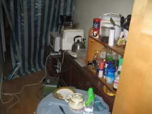 Hall_kitchen_mess_1